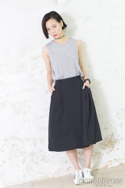 チョーカー:手作り/Tシャツ:H&M/スカーチョ:GU/スニーカー:adidas/時計:BABY-G/斎藤有沙(C)モデルプレスルプレス