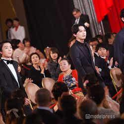 レッドカーペットを歩いて登場した(左から)中川大志、伊藤健太郎、吉沢亮、成田凌/「第42回日本アカデミー賞」授賞式(C)モデルプレス