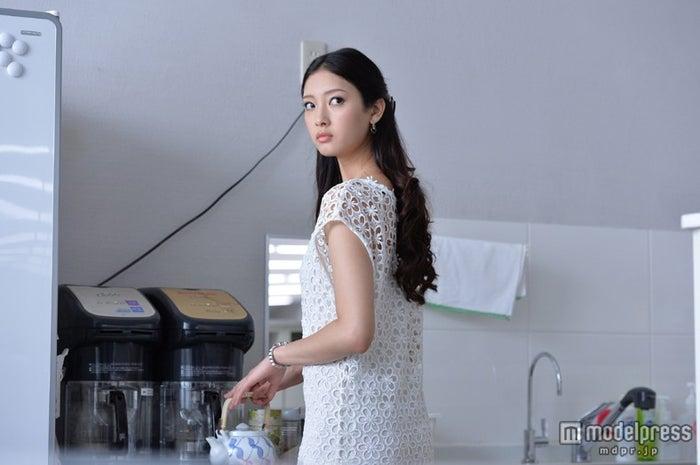 映画「白ゆき姫殺人事件」に出演する菜々緒