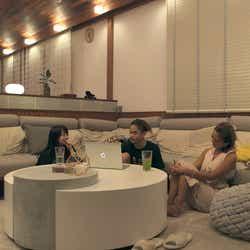 優衣、海斗、綾「TERRACE HOUSE OPENING NEW DOORS」35th WEEK(C)フジテレビ/イースト・エンタテインメント