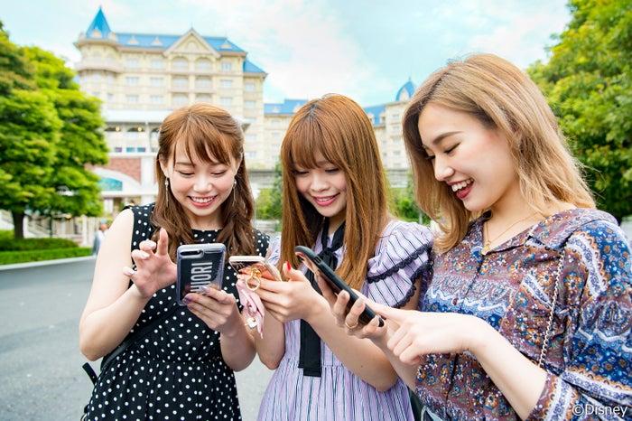(左から)瀬賀さん、伊達さん、岸本さん(C)モデルプレス