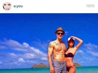 浜崎あゆみ、ハワイでの水着2ショット写真を披露。ファンから「素敵な夫婦写真」と絶賛