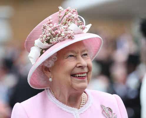 英国王室、ドライ・ジンに続いてスロー・ジンを発売。