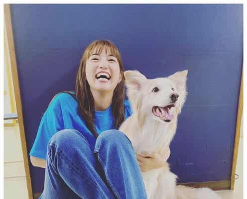 川口春奈、関ジャニ∞丸山隆平撮影の全力笑顔ショットに「元気出る」「自然体で可愛い」の声