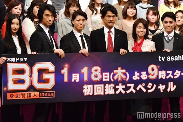 (左から)菜々緒、斎藤工、上川隆也、江口洋介、石田ゆり子、間宮祥太朗 (C)モデルプレス