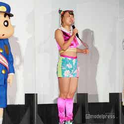 しんのすけ、フワちゃん、仲里依紗 (C)モデルプレス