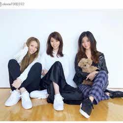 モデルプレス - 香里奈、美人三姉妹でお揃いコーデ 久々集合ショットにファン歓喜