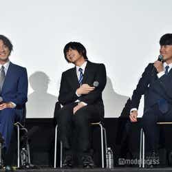 (左から)渡部秀、荒牧慶彦、富田健太郎 (C)モデルプレス
