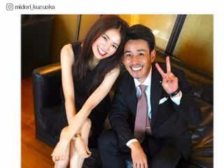 モデル葛岡碧&元Jリーガー千葉直樹夫妻が結婚1周年 笑顔の2ショットに「素敵な夫婦」「憧れる」の声