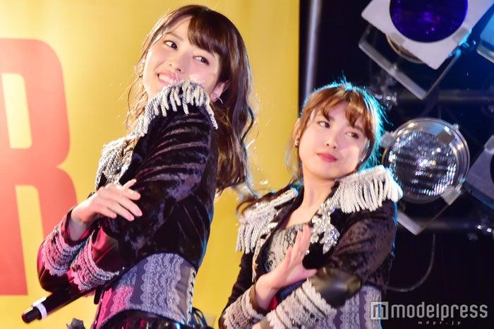 ℃-ute(左から)矢島舞美、中島早貴 (C)モデルプレス