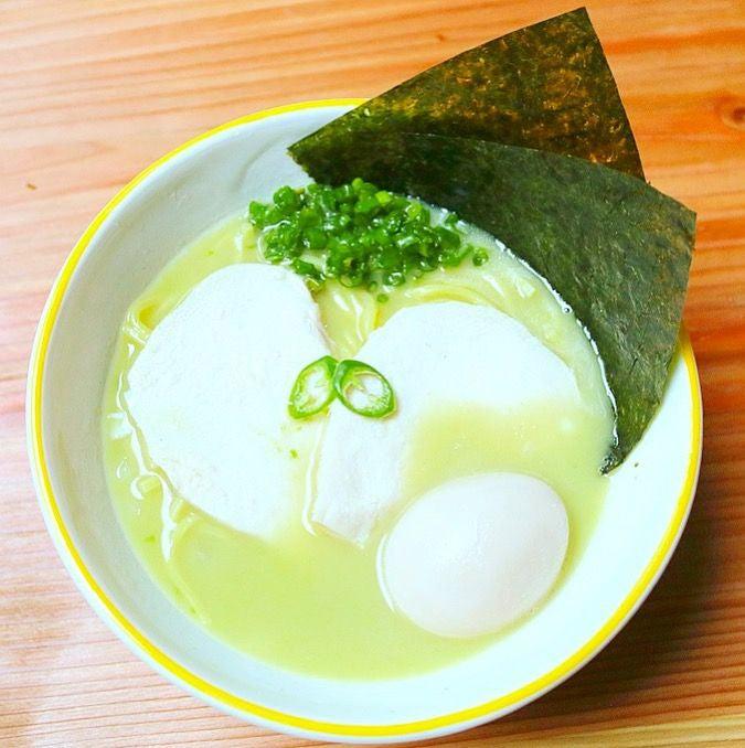 鶏白湯スパイシー青とうがらしらーめん 850円/画像提供:KINKA FAMILY JAPAN
