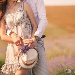 モデルプレス - 女性の気持ちに気づいた男性がとる態度5つ 好きバレしたらここをチェック!