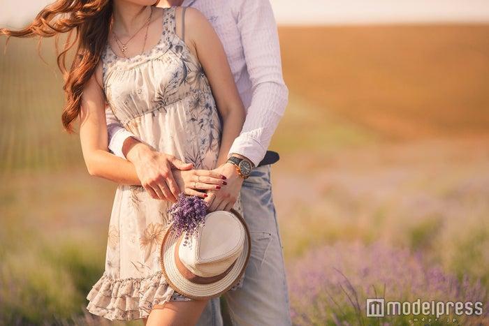 女性の気持ちに気づいた男性がとる態度5つ 好きバレしたらここをチェック!(Photo by GTeam/Fotolia)