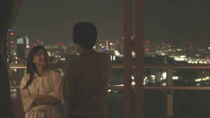 ロン・モンロウ、犬飼貴丈「ダブルベッド」day1(C)TBS/イースト・エンタテインメント