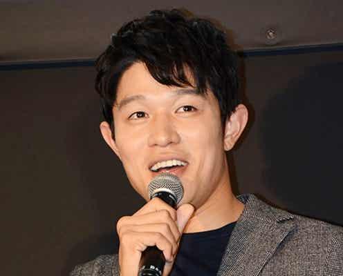 鈴木亮平の恋愛アドバイスに男子高校生300人が感心「恋愛相談に乗るのは得意」
