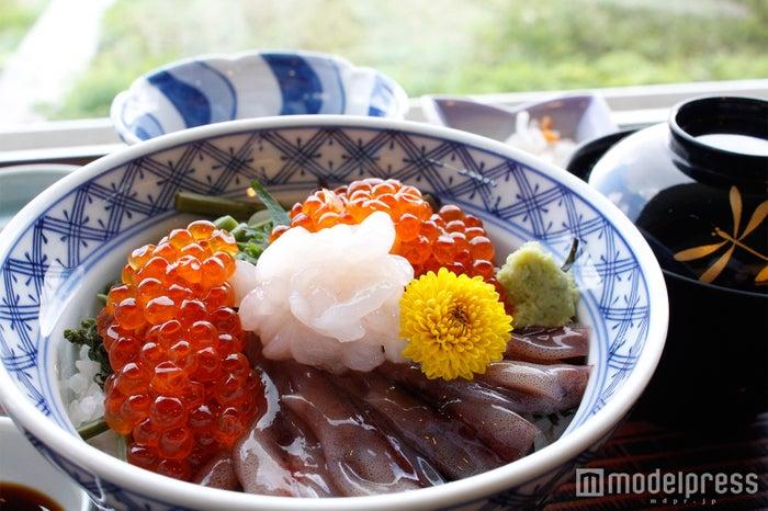 弥陀ヶ原ホテル「雲海丼定食」(C)モデルプレス