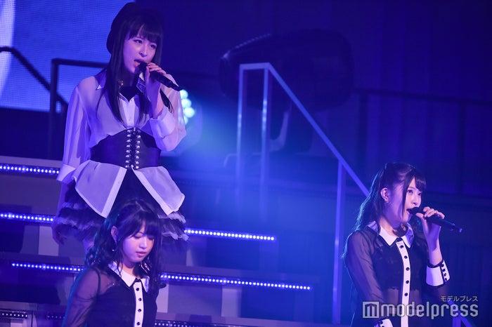 川本紗矢、馬嘉伶、行天優莉奈「AKB48 チーム4単独コンサート~友達ができた~」 (C)モデルプレス