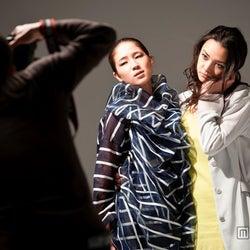 カロリナ、加賀美セイラ/映画「FASHION STORY-Model-」(C)2012F.S.フィルムパートナーズ
