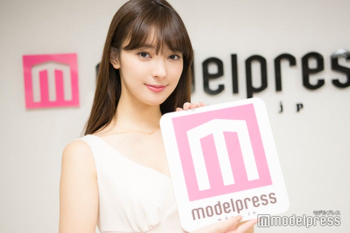モデルプレスのインタビューに応じた宮本茉由(C)モデルプレス