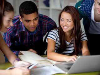 オンライン授業しか受けられない留学生は帰国せよ。アメリカが新方針を発表