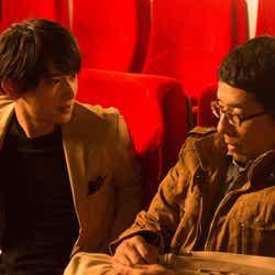 モデルプレス - 「GIVER 復讐の贈与者」義波(吉沢亮)、夜の映画館に出没<第5話あらすじ>