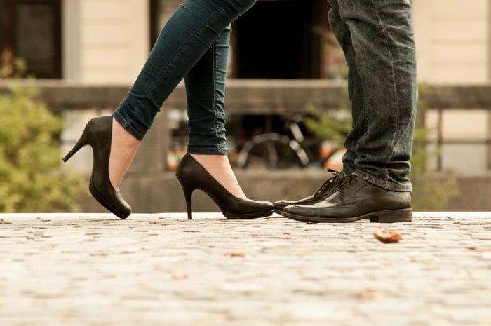 「一緒にいたい」と思わせる女性の共通点:男性のことを立てるのが上手/photo by GAHAG