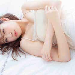 """モデルプレス - NMB48吉田朱里、色気あふれるキャミ姿 """"女子力""""の集大成を披露"""