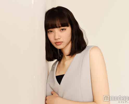 """""""20歳になった小松菜奈""""「新たなスタートが切れる」念願の初挑戦で掴んだモノ モデルプレスインタビュー"""