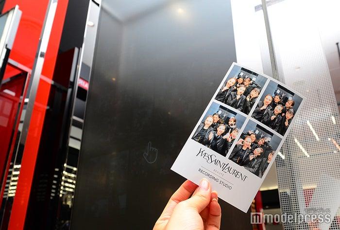 イヴ・サンローラン ボーテのフォトブースで撮影した写真はそのままプレゼント(C)モデルプレス