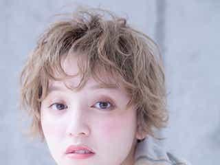おしゃれなホワイトベージュの髪色6選|透明感あふれるヘアに!