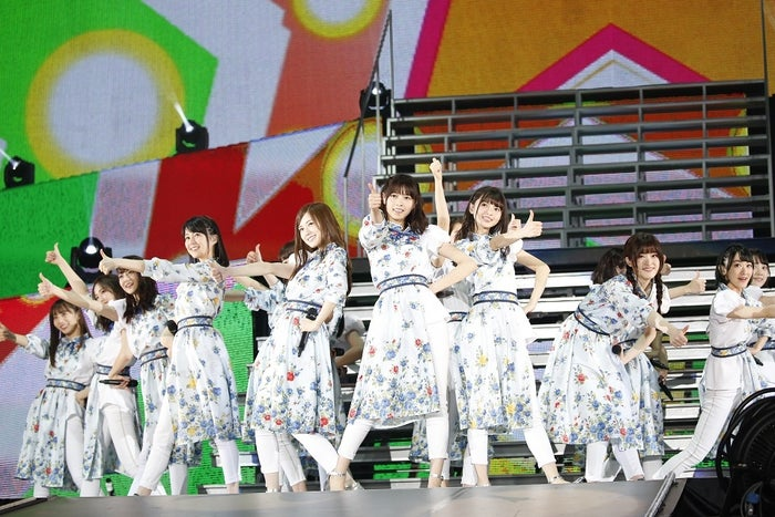 デビュー5周年記念ライブ「5th YEAR BIRTHDAY LIVE」2日目公演を開催した乃木坂46/画像提供:ソニー・ミュージックレーベルズ