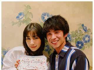 仲里依紗、夫・中尾明慶と誕生日ディナーで気合い「まだまだ乙女」 2ショットで互いにメッセージ