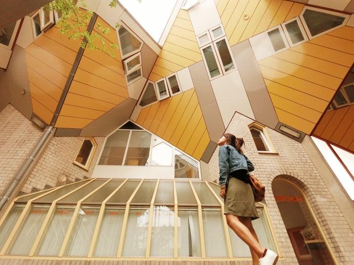 これが噂のキューブハウス。ちゃんと人が住んでいるんです!@lifestock_yuuki
