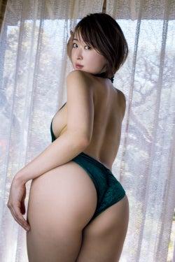 忍野さら(C)橋本雅司/週刊プレイボーイ