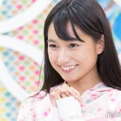 """注目モグラ美女・武田あやな、大胆ポーズの""""美尻トレーニング""""生披露"""