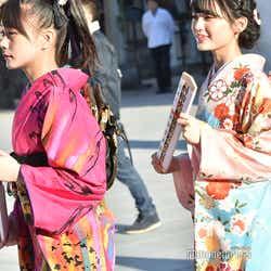 立仙愛理、新澤菜央/AKB48グループ成人式記念撮影会 (C)モデルプレス