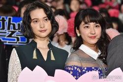 (左から)玉城ティナ、平祐奈(C)モデルプレス