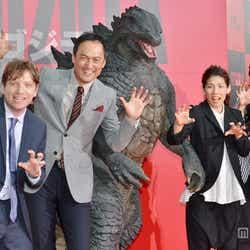(左から)ギャレス・エドワーズ監督、渡辺謙、吉田沙保里選手、澤穂希選手
