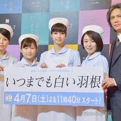 (左から)さとうほなみ、伊藤沙莉、新川優愛、酒井美紀、加藤雅也 (C)モデルプレス