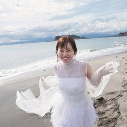 欅坂46今泉佑唯、これからの夢語る 純白ワンピで無邪気な笑顔