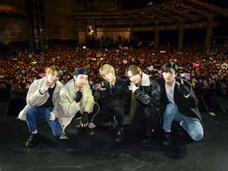 """BTSの弟分""TOMORROW X TOGETHER、遂に日本デビュー 記念イベントで2000人熱狂"