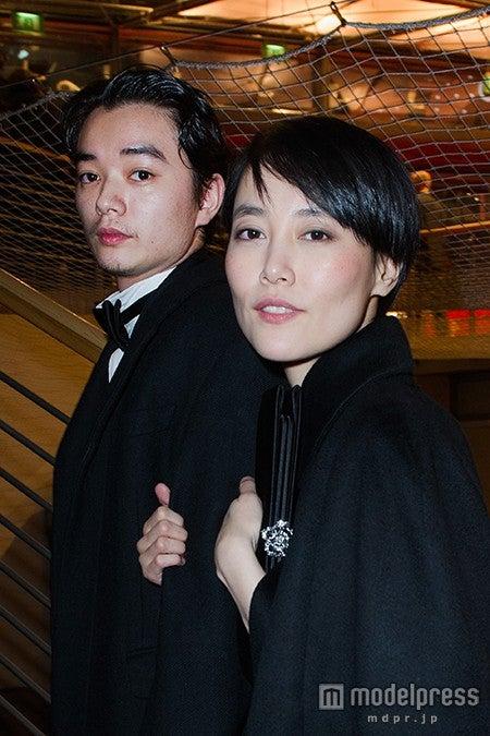 (左から)染谷将太、菊地凜子/photo:Getty Images