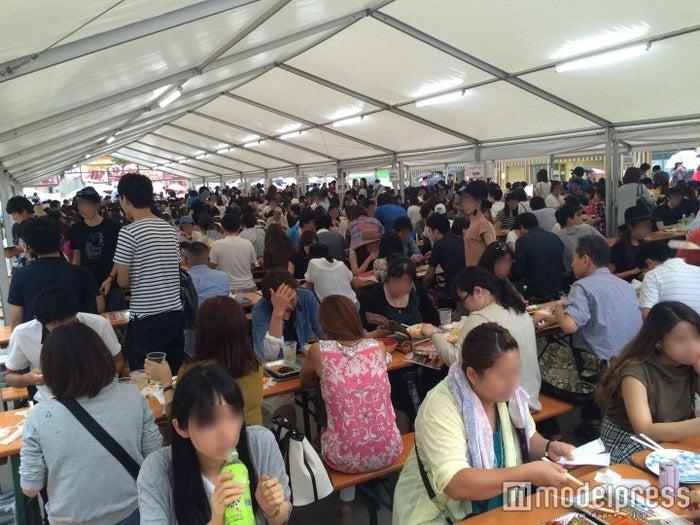 賑わう客席の様子/画像提供:激辛グルメ祭り実行委員会