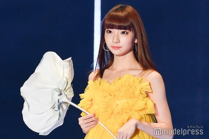 「第30回 マイナビ 東京ガールズコレクション 2020 SPRING/SUMMER」に出演した荻野由佳 (C)モデルプレス