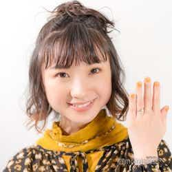 有安杏果、左手薬指に指輪がキラリ(C)モデルプレス