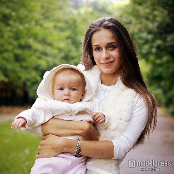 ママ友とは子どもを含めた家族づきあいを/Photo by Ludmila Gutorova