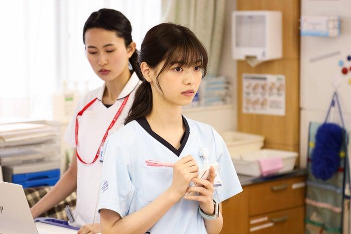 ドラマ「アンサング・シンデレラ 病院薬剤師の処方箋」相原くるみ(西野七瀬)(C)フジテレビ