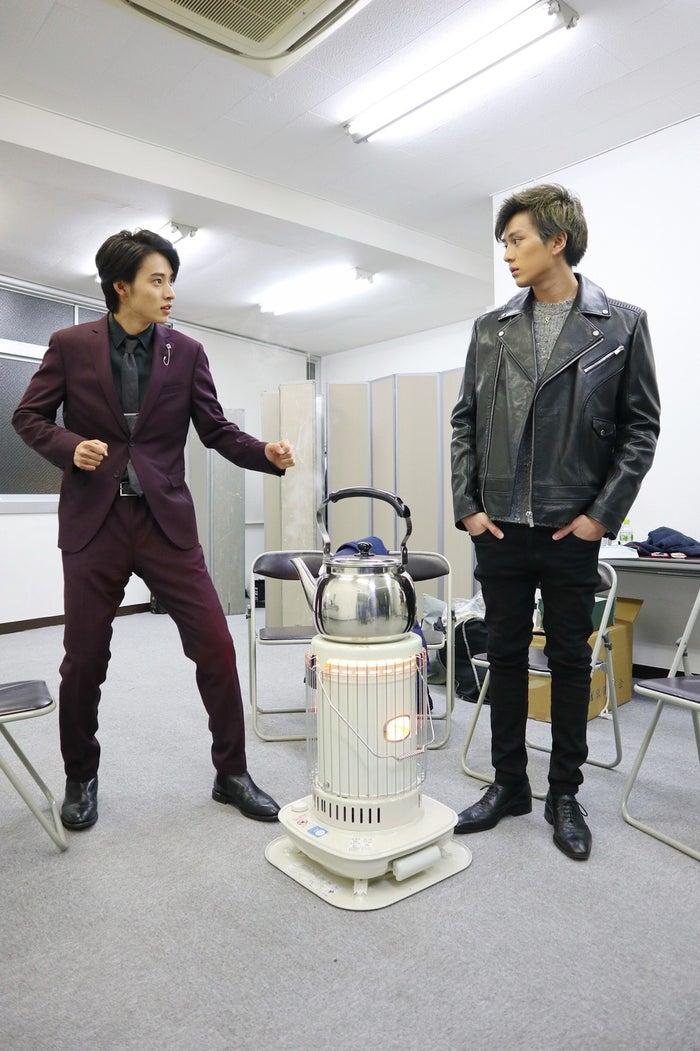 山崎賢人、新田真剣佑(画像提供:日本テレビ)