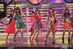 E-girls、ゴージャス衣装で本番さながらパフォーマンス<紅白リハ最終日>