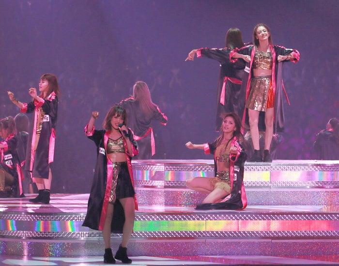 (左より)中島美央、藤井夏恋、藤井萩花、楓/画像提供:avex